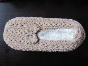 Indoor Softy Non Slip Slippers pictures & photos