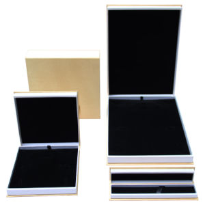 Fabric Velvet Jewelry Set Box pictures & photos