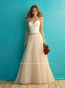 Beautiful Sweetheart Lace Bridal Gown Ivory A-Line Wedding Dress pictures & photos