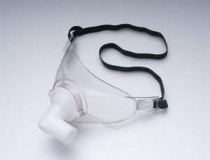 Disposable Tracheostomy Mask for Medical Use pictures & photos
