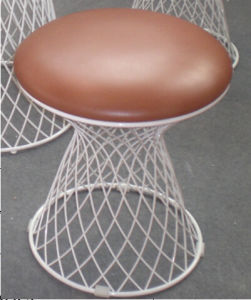 Wired Stool in Soft Cushion pictures & photos