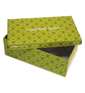 Logo Stamped Rigid Custom Shoe Box Wholesale pictures & photos