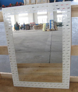 Different Size and Shape Aluminium Mirror Glass Sheet pictures & photos