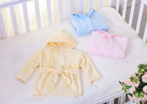 100% Bamboo Fiber Kids Bathrobe for babies pictures & photos