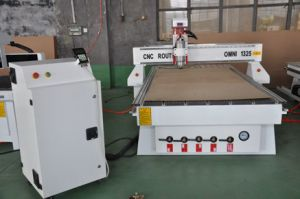 CNC Router Machine for Plywood Plastic Furniture Working with SGS