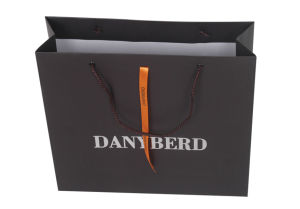 Paper Bags with Gloss Lamination pictures & photos