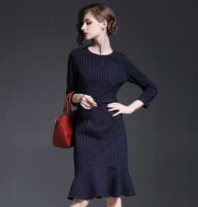 2015 European Autumn Fashion Ol Commuting Bracelet Sleeve Plaid Slim Fishtail Medium Dress pictures & photos