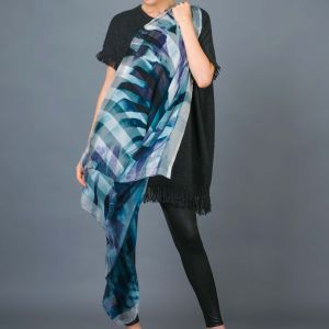 New Stripe Silk Digital Print Hand Rolled Scarf pictures & photos