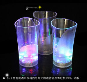 Customized Liquid Activated Plastic Light up Flashing LED Cups