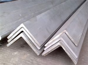 Manufacturing Equal / Unequal Angle Steel pictures & photos