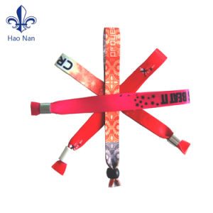 Good Quality Custom Fabric Woven Wristband for Promotional Gift pictures & photos