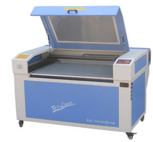 CO2 Laser Cutting Machine (RJ-1060S) pictures & photos