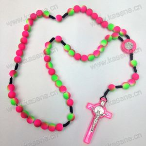 Cross Pendant Colourful Silicone Rubber Necklace Cord, Low Price Silicone Rubber Necklace