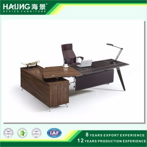 High Quality Executive Desk in Wood Veneer Finish Office Desk