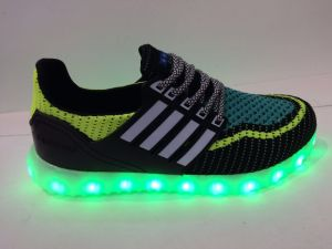 2016 New Style More Color LED Boy′s Gilr′s Men Women Shoes