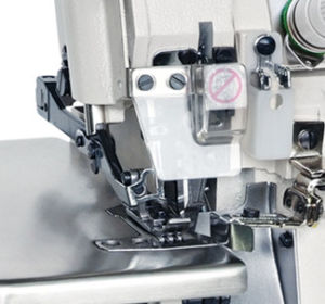 Wd-958 High Speed Four Thread Overlock Sewing Machine pictures & photos
