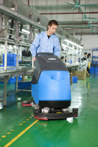 Robust Walk-Behind Scrubber Dryer Heavy Duty pictures & photos