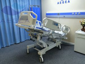 X-ray 8 Functions Electric Hospital Bed (AG-BR001) pictures & photos