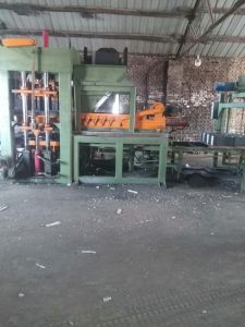 Automatic Insulated Block Making Machine Concrete Brick Machine pictures & photos