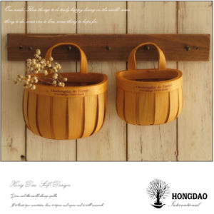 Hongdao Customized Wooden Gift Crafts Food Wicker Gift Picnic Basket Wholesale E
