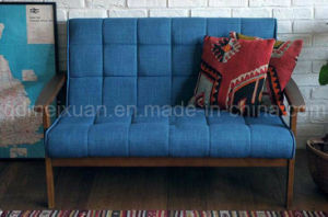Solid Wooden Livingroom Sofa (M-X2654) pictures & photos