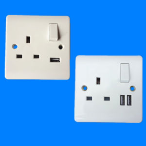 British Standard 13A 1 Gang Double Pole Switched Socket with USB Outlet pictures & photos
