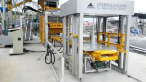 Automatic Block and Kerb Making Machine Qft5-15 pictures & photos
