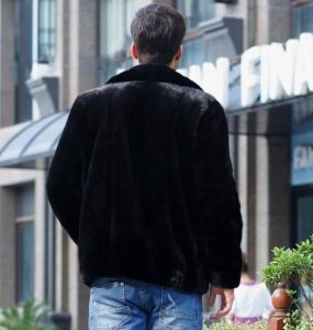 Short Lapel Faux Mink Fur Coat for Men Jacket Clothes pictures & photos