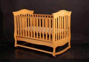 Good Quality Wooden Baby Bed Baby Crib (M-X1023) pictures & photos