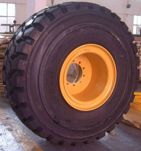 OTR Mining Earthmoving Tire and Rim Assembly Inflated