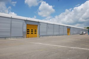 Construction Design Galvanized Light Steel Structure Warehouse pictures & photos