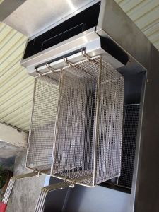 Chips and Fish Fryers Gas Fryer with Double Baskets Induction Gas Fryer pictures & photos