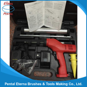 Caulking and Adhesive Gun for Picture and Introduction pictures & photos