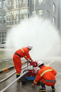 Fire Fighting Robot for Large Petrochemical Areas pictures & photos