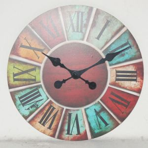 Antique Handmade Decorative Round/Square Wood Wall Desk Table Clock pictures & photos
