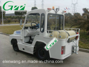 Aircraft Towing Tractor for Aviation &Rail Station pictures & photos