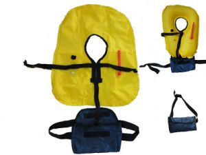 Waterproof Nylon Inflatable Life Jacket for Sale pictures & photos