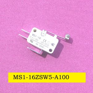 SGS 16 (4) a Spst Micro Snap Action Switch with Roller Lever