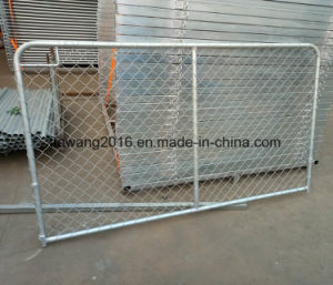 Hot Dipped Galvanized Cattle Sheep Mesh Fencing pictures & photos