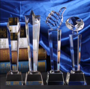 Hot Sale Crystal Glass Trophy for Souvenir pictures & photos