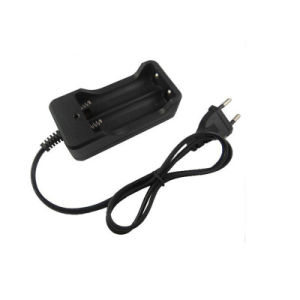 Portable EU Plug Two-Slot 18650 Battery Charger pictures & photos
