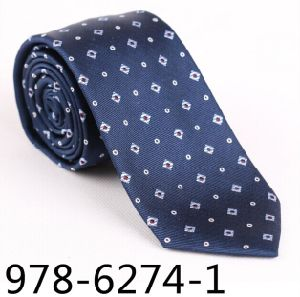 New Design Men′s Fashionable Silk/Polyester DOT Tie 6274-1 pictures & photos