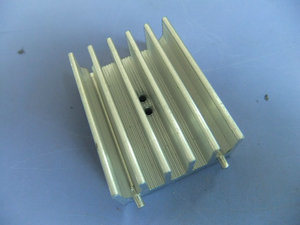 Custom CNC Machining Heatsink with Precision Anodized Aluminum Alloy pictures & photos