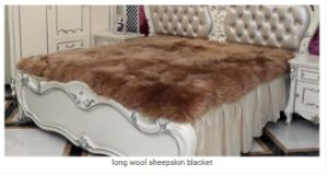 Long Wool Real Australian Sheepskin Fur Bed Blanket pictures & photos