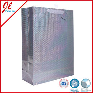 2015 Hologram Film Laser Paper Bags with Satin Handle and Hang Tag pictures & photos