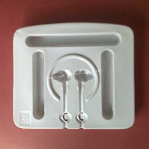 Custom Blister Tray/White Plastic Tray for Earphones pictures & photos