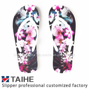 61fb8dda4 China The Latest Design Beautiful Printed Women Rubber Flip Flops ...