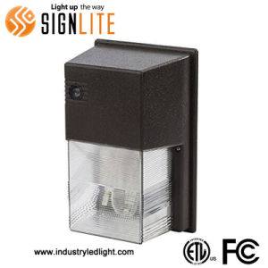 24W LED Mini Wallpack LED Light ETL FCC Approval pictures & photos