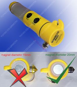 Multifunctional Auto / Car Emergency LED Flashlight With Hammer and Beacon and Cutter