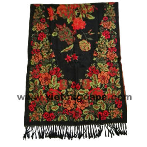 2018 Ladies Fashion Style Jacquard Flower Scarf pictures & photos